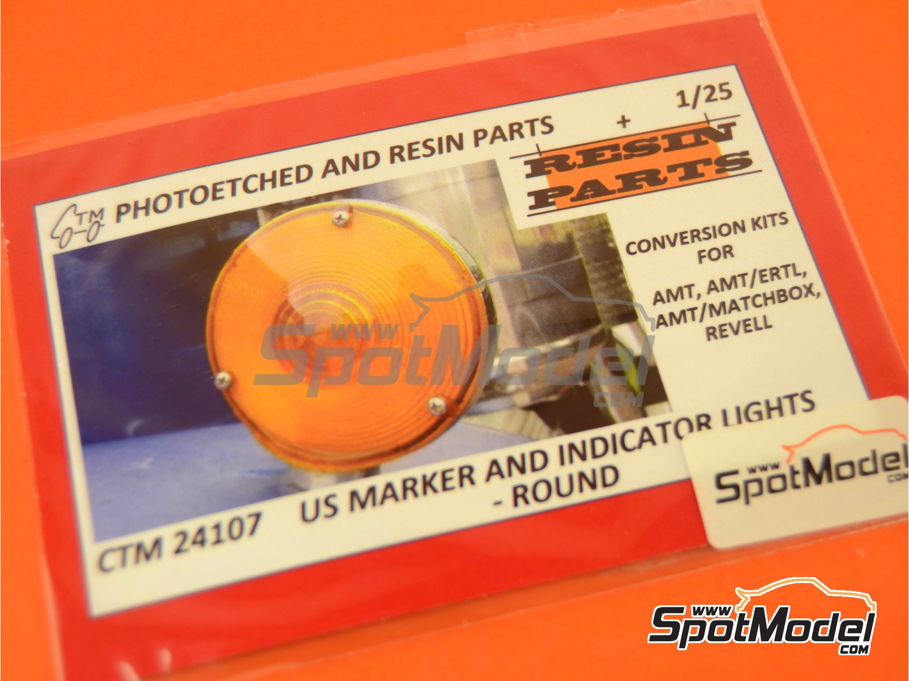 Image 5: US marker and indicator lights round | Lights in 1/25 scale manufactured by Czech Truck Model (ref. CTM24107)