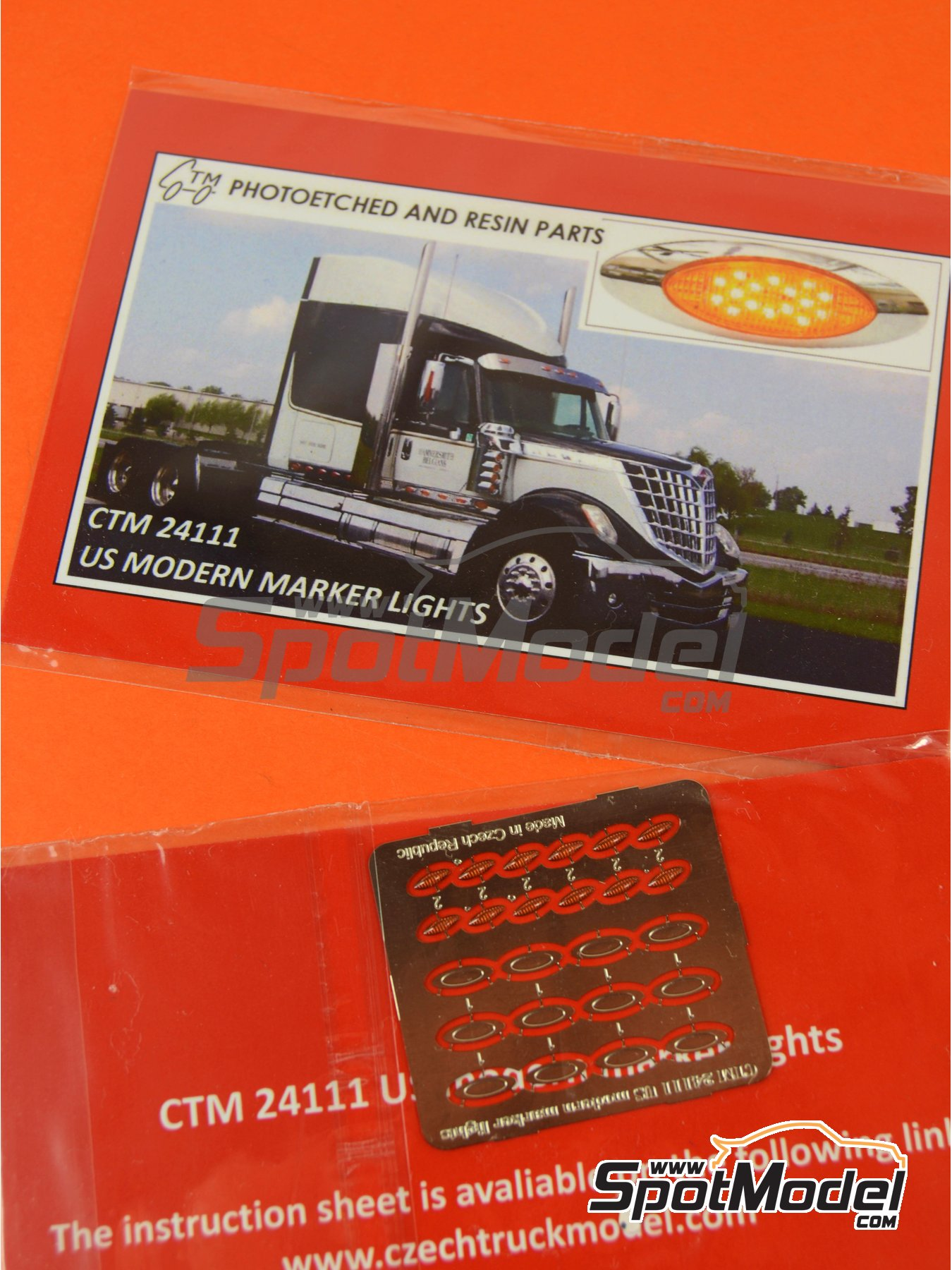 US modern marker lights | Lights in 1/24 scale manufactured by Czech Truck Model (ref. CTM24111) image