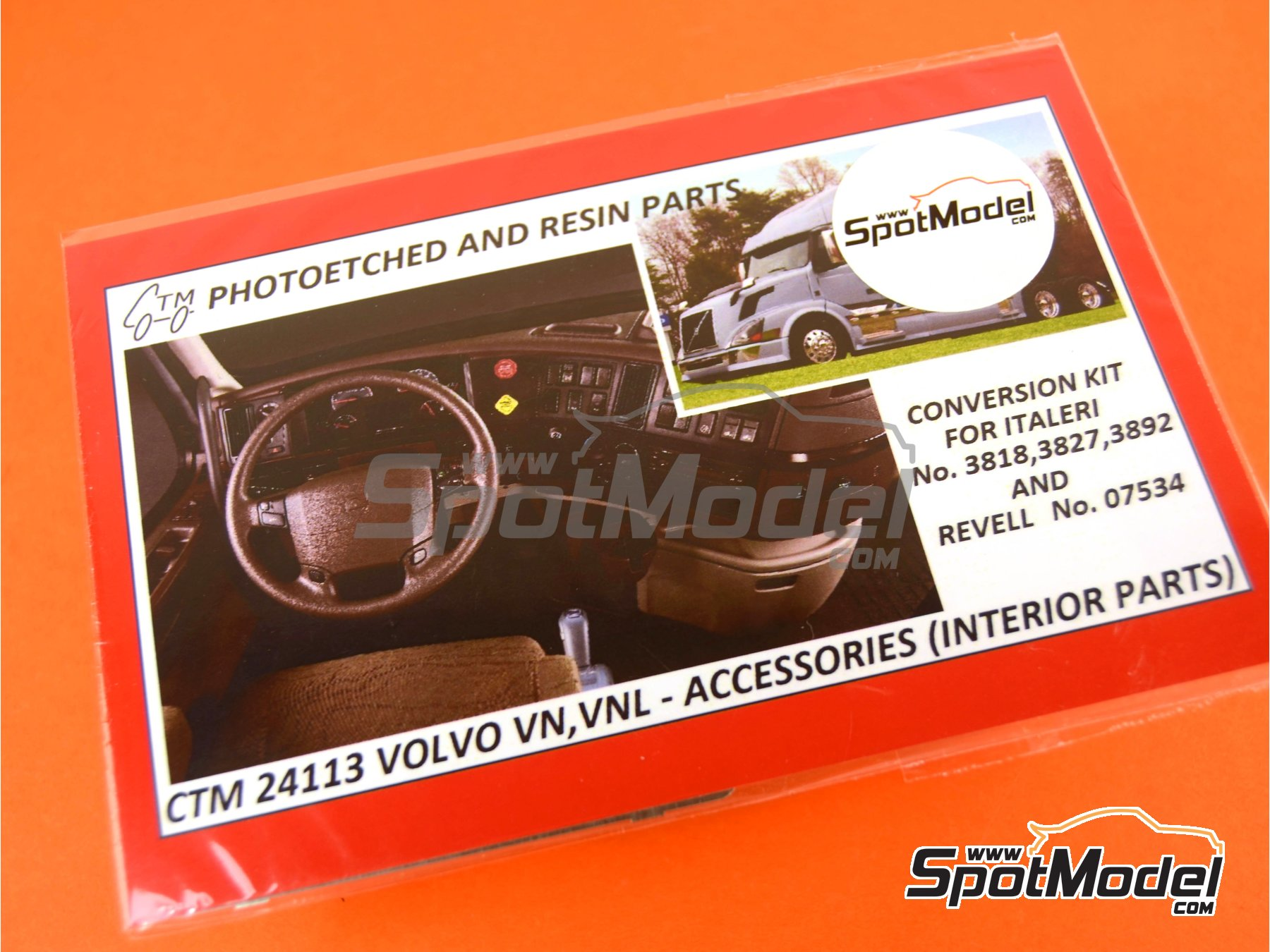 Image 4: Volvo VN and VNL interior parts | Detail up set in 1/24 scale manufactured by Czech Truck Model (ref.CTM24113)
