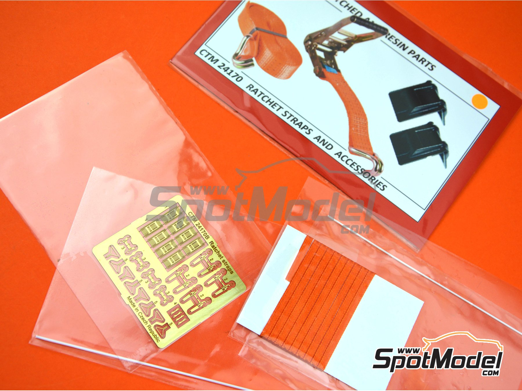 Image 4: Ratchet straps orange and accesories | Detail in 1/24 scale manufactured by Czech Truck Model (ref. CTM24170-A)