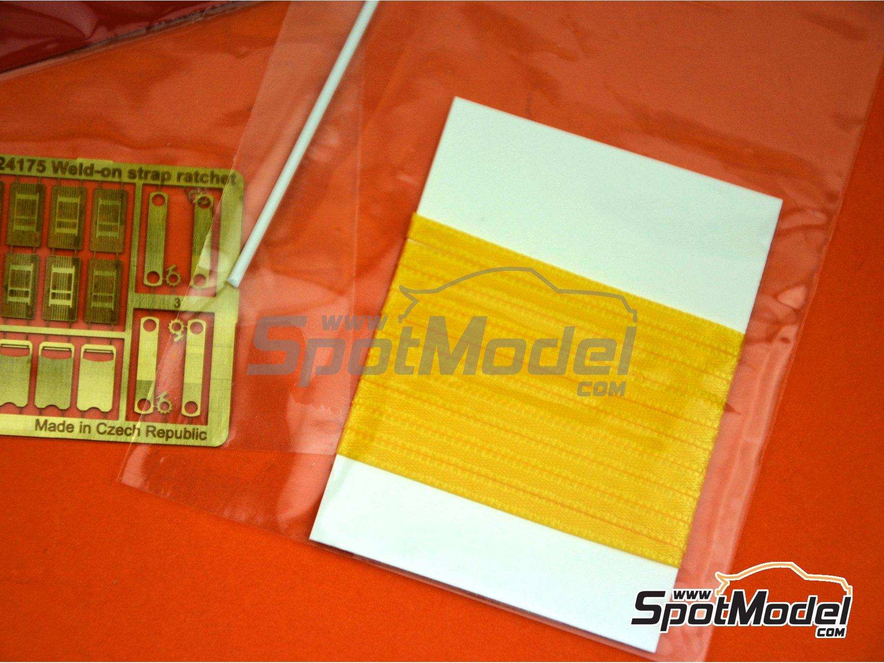 Image 2: Correas de amarre de color amarillo con trinquete | Detalle en escala1/24 fabricado por Czech Truck Model (ref.CTM24175-B)