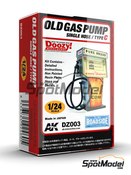 Old gas pump single hose - Type C | Model kit in 1/24 scale manufactured by Doozy Modelworks (ref. DZ003) image