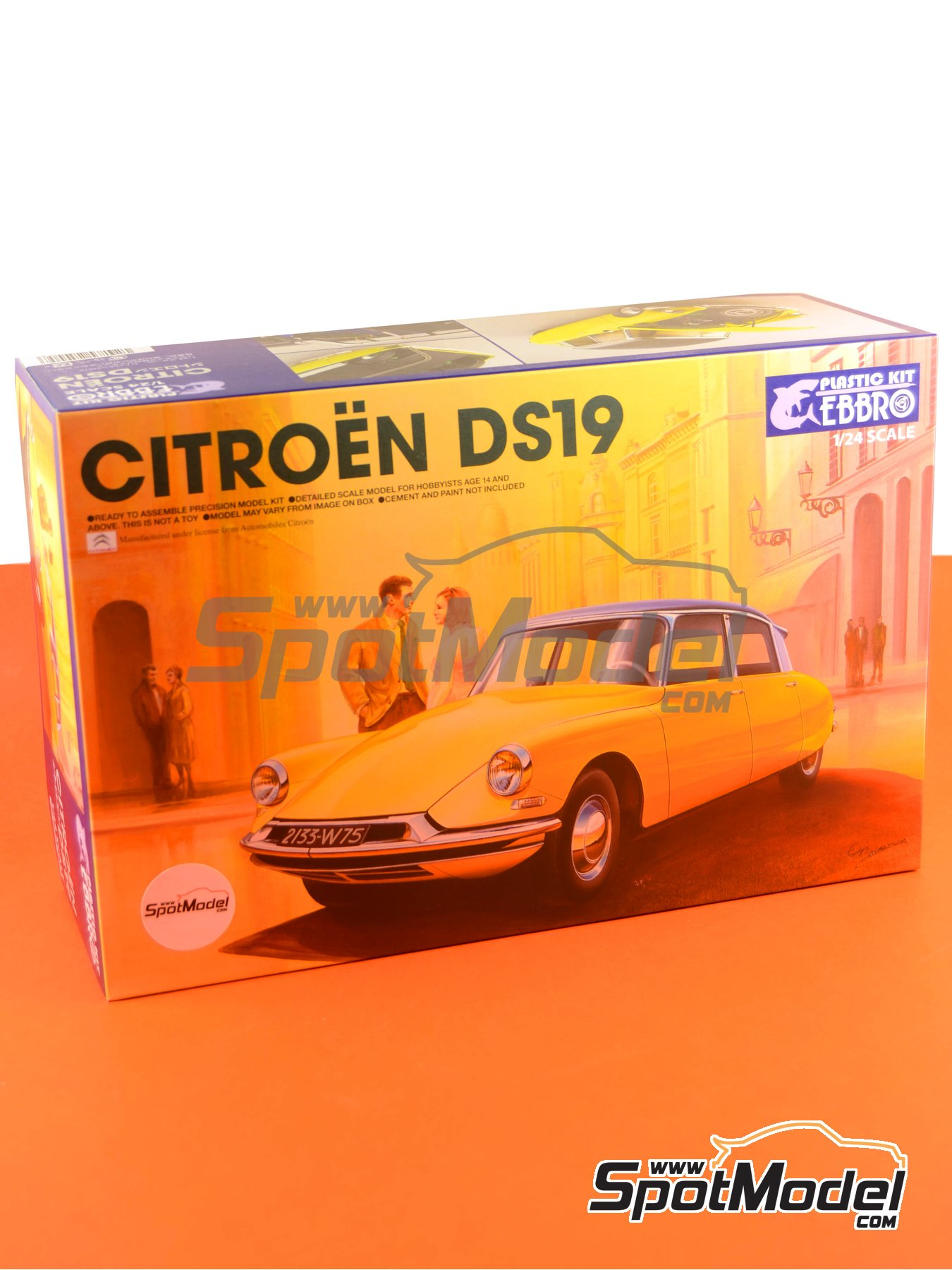 Citroën DS19 | Model car kit in 1/24 scale manufactured by Ebbro (ref. EBR25005, also 25005) image