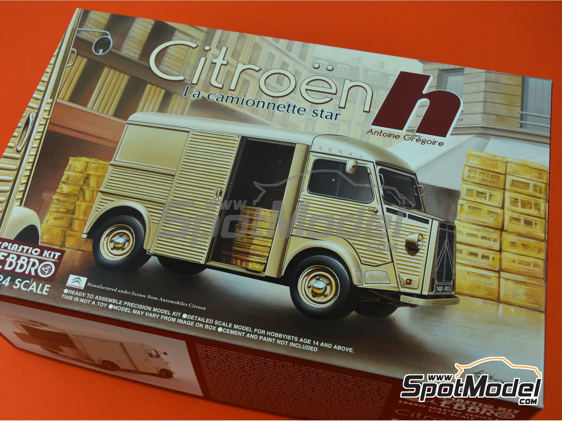 Image 15: Citroën H Van | Model van kit in 1/24 scale manufactured by Ebbro (ref. EBR25007)