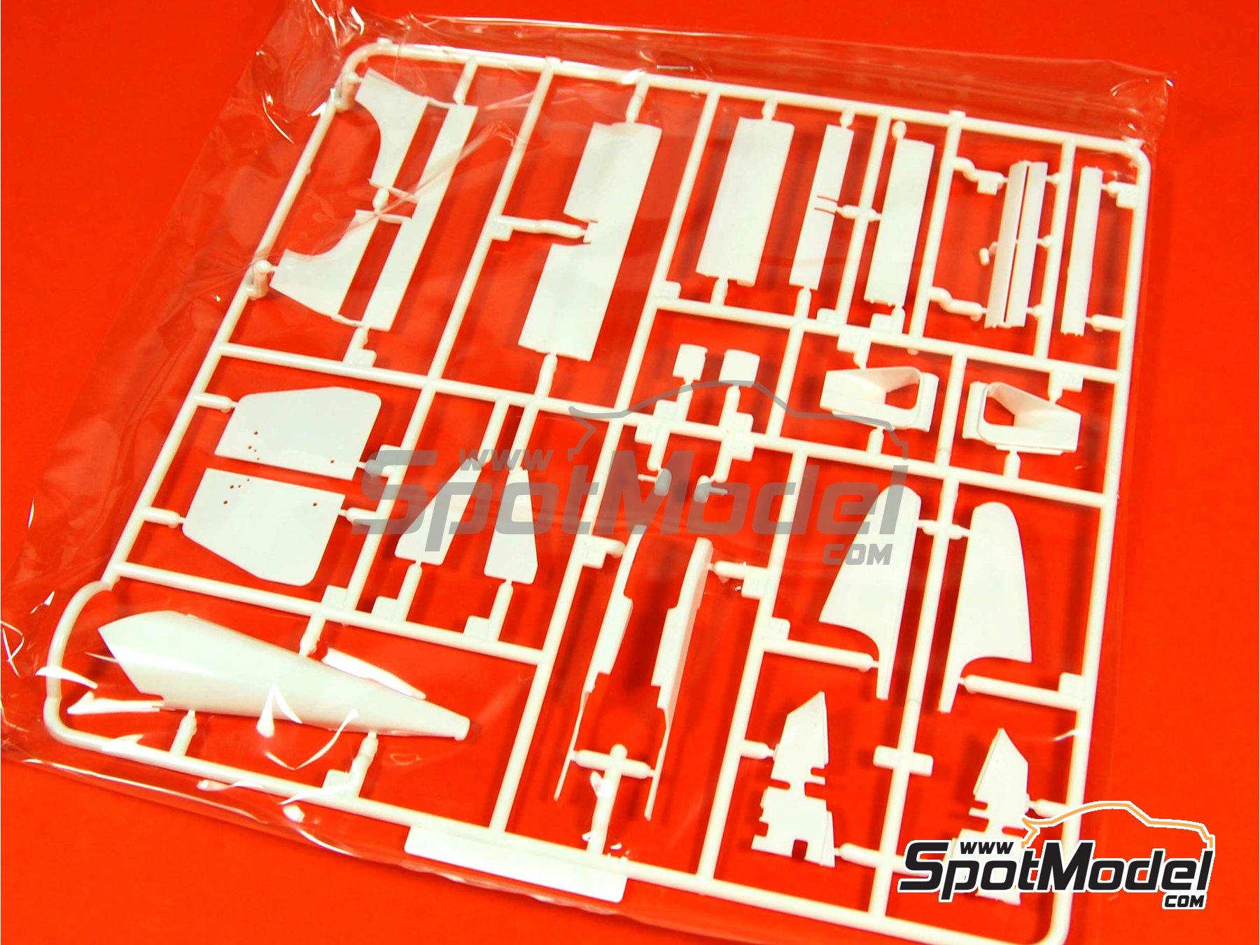 Image 10: McLaren Honda MP4/6 Shell - Gran Premio de Fórmula 1 de Japón 1991 | Maqueta de coche en escala1/20 fabricado por Fujimi (ref.FJ090443, tambien 09044, GP10, 090443 y FJ09044)