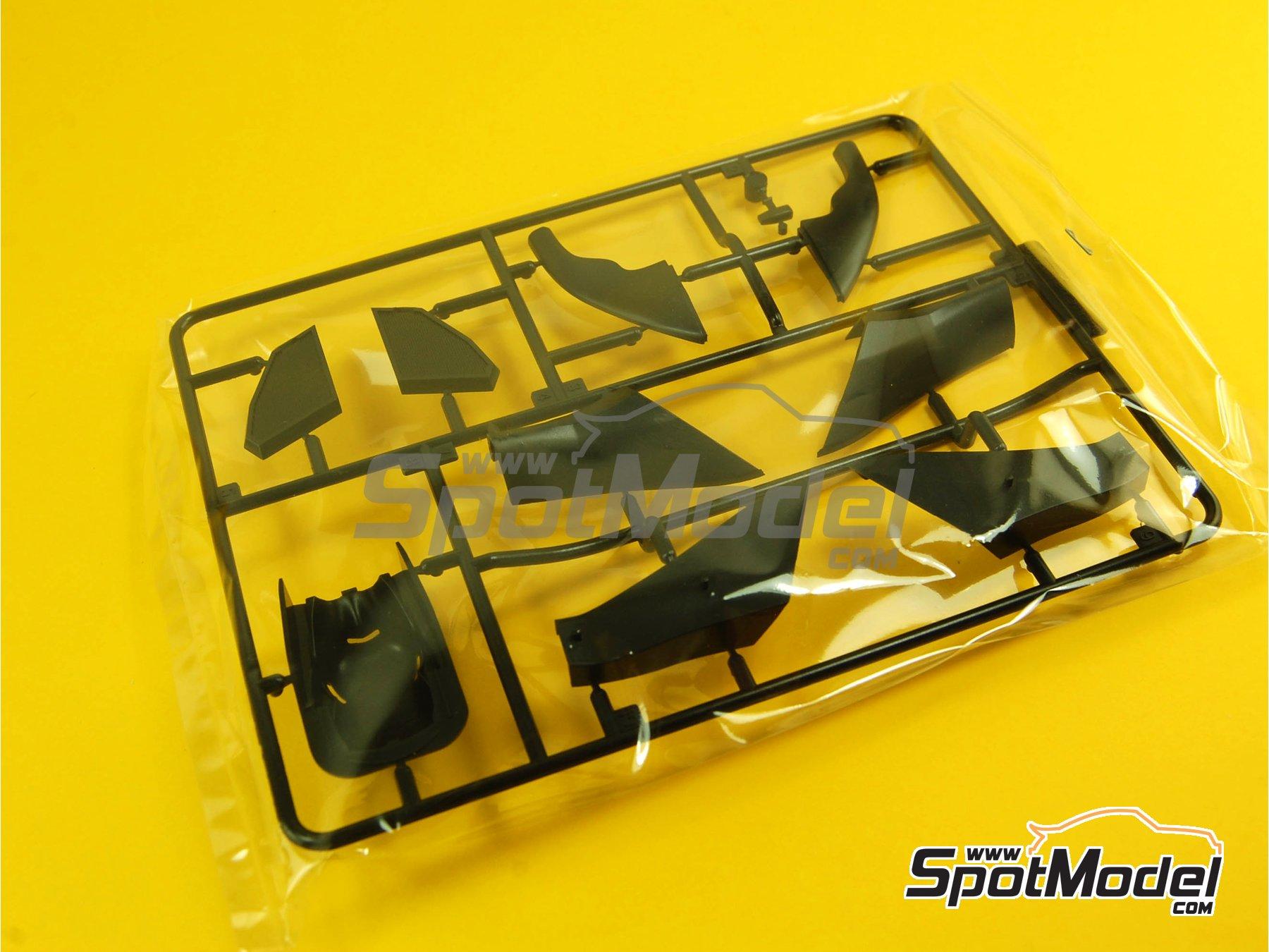 Image 3: Ferrari 150 Italia Banco Santander - Japanese Formula 1 Grand Prix 2011 | Model car kit in 1/20 scale manufactured by Fujimi (ref.FJ092010, also GP-13, FJ09201, 092010 and 09201)