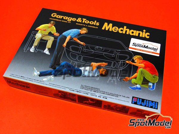 Image 5: Mechanics | Figures set in 1/24 scale manufactured by Fujimi (ref. FJ11003)