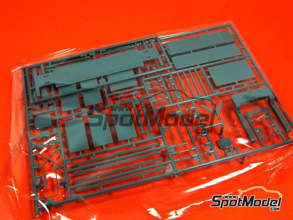 Image 2: Herramientas | Maqueta en escala1/24 fabricado por Fujimi (ref.FJ110325)