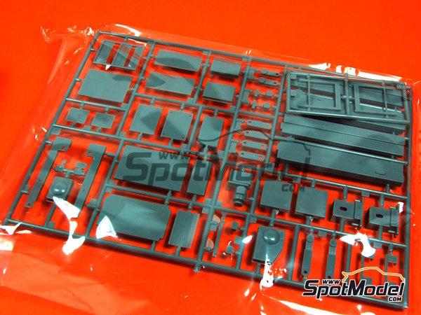 Image 3: Herramientas | Maqueta en escala1/24 fabricado por Fujimi (ref.FJ110325)