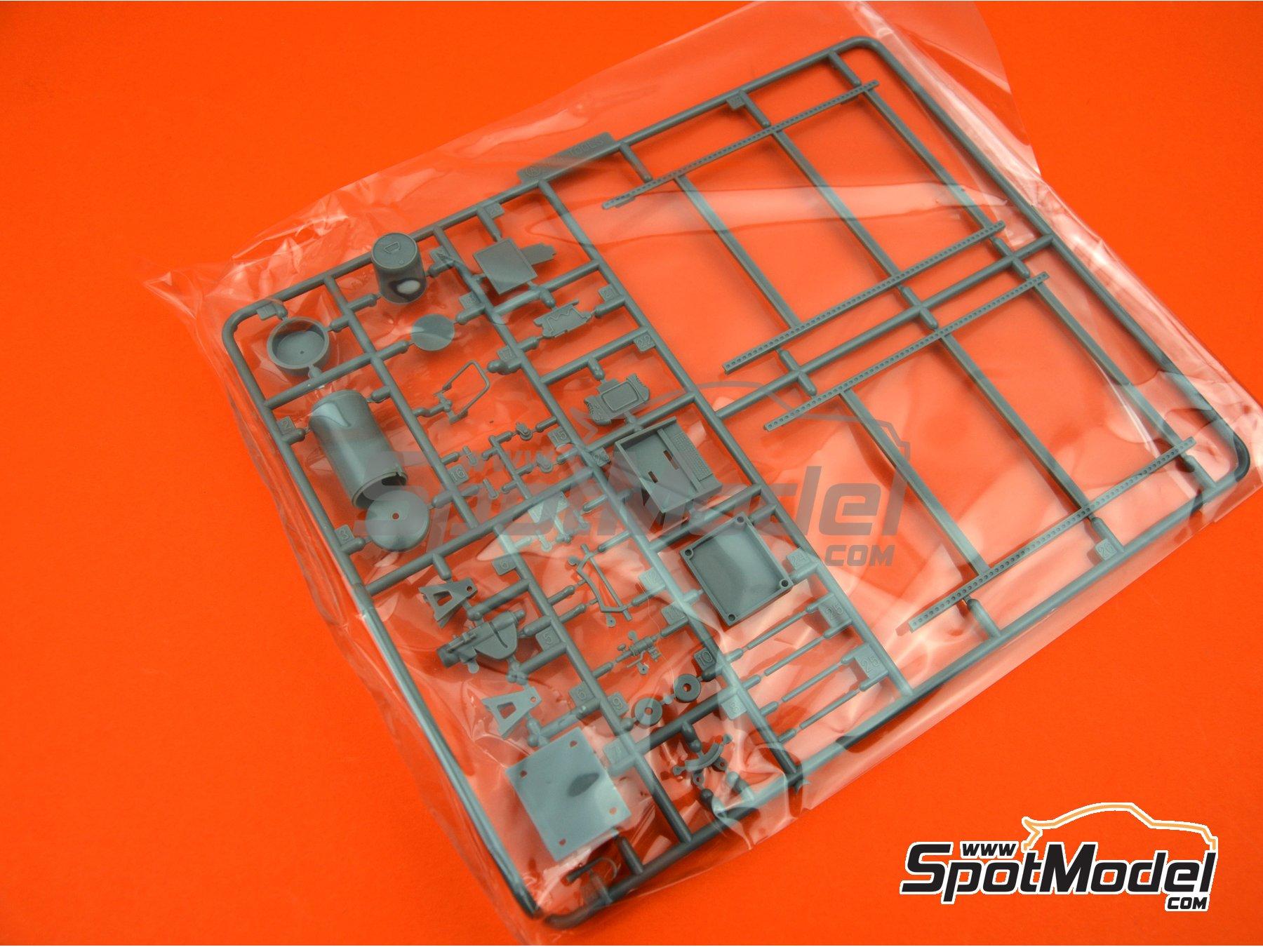 Image 5: Set de Herramientas | Maqueta en escala1/24 fabricado por Fujimi (ref.FJ114392, tambien 114392, 11439 y GT-28)