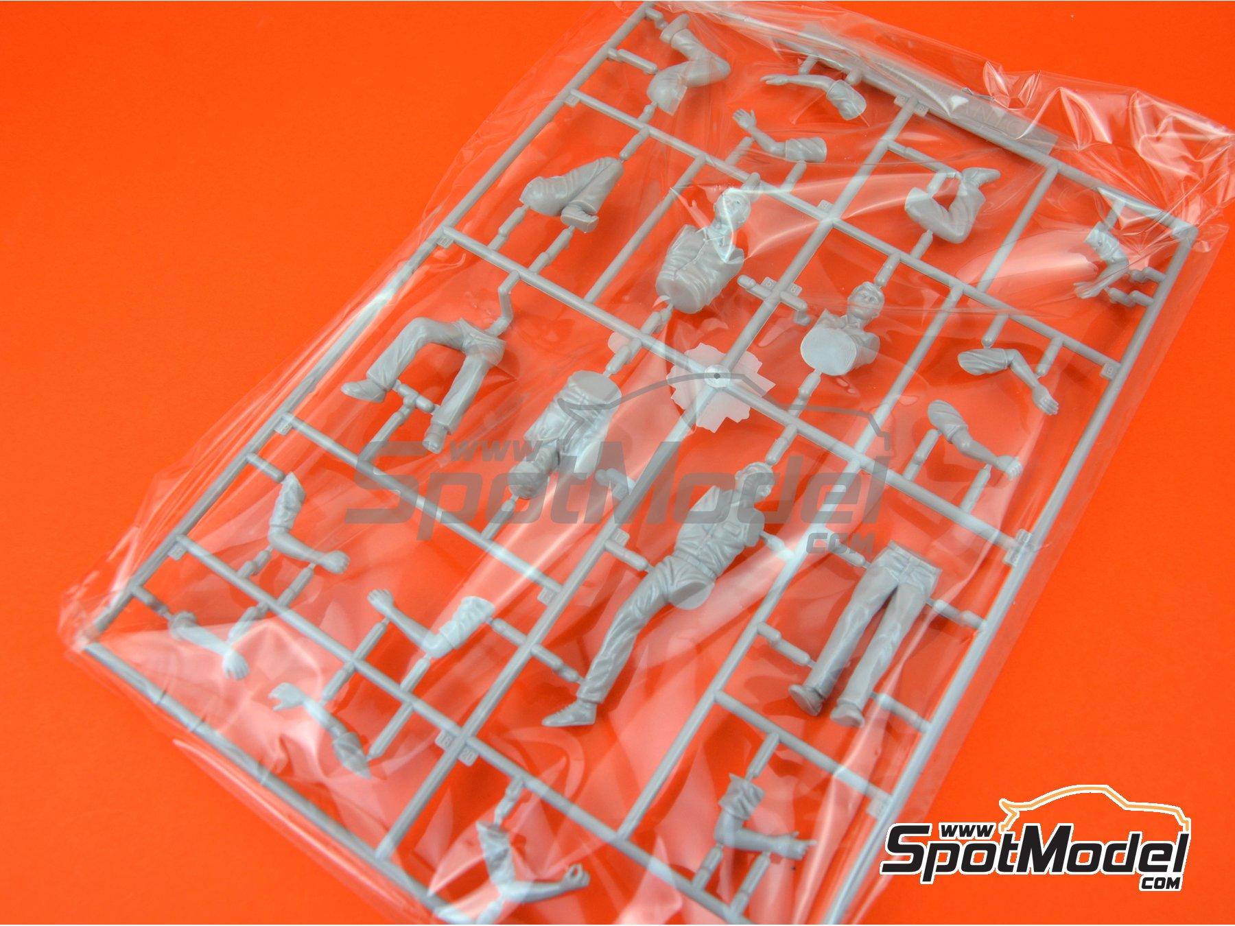 Image 1: Mecanicos | Set de figuras en escala1/24 fabricado por Fujimi (ref.FJ114903)