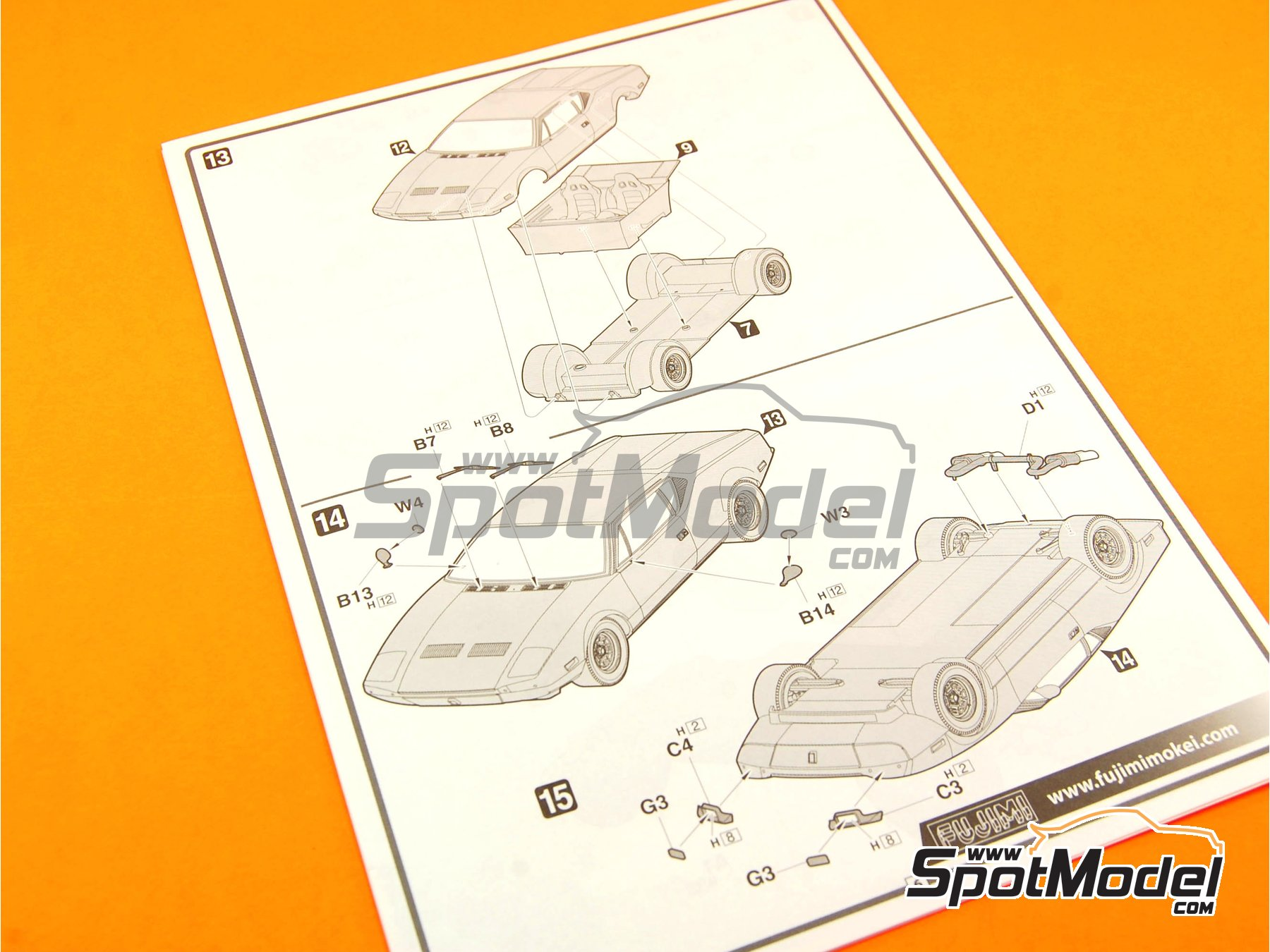 Image 3: De Tomaso Pantera GTS | Model car kit in 1/24 scale manufactured by Fujimi (ref.FJ125534, also 125534 and RS-90)