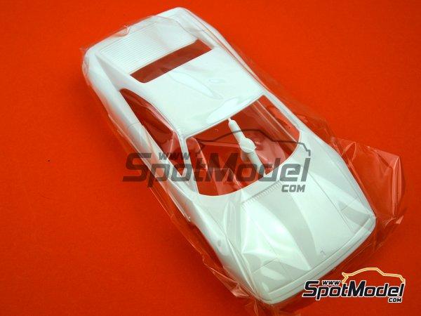 Image 3: Ferrari 348GTB | Model car kit in 1/24 scale manufactured by Fujimi (ref.FJ125916, also 125916, 12591 and RS-69)