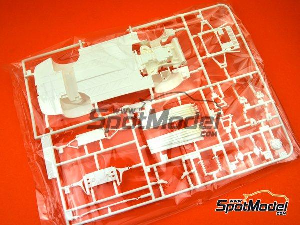 Image 7: Ferrari 348GTB | Model car kit in 1/24 scale manufactured by Fujimi (ref.FJ125916, also 125916, 12591 and RS-69)