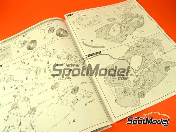 Image 15: McLaren F1 GTR Long Tail Gulf Davidoff - 24 Hours Le Mans 1997 | Model car kit in 1/24 scale manufactured by Fujimi (ref.FJ12595)