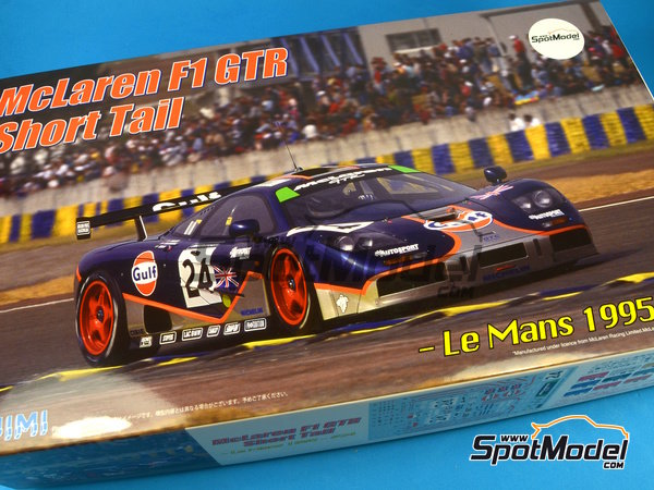 Image 1: McLaren F1 GTR Short Tail Gulf - 24 Hours Le Mans 1995   Model car kit in 1/24 scale manufactured by Fujimi (ref.FJ125992, also 125992)