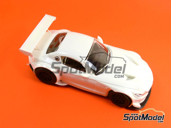 Image 15: BMW Z4 GT3 -  2014 | Model kit in 1/24 scale manufactured by Fujimi (ref.FJ126081, also 126081 and RS-0)