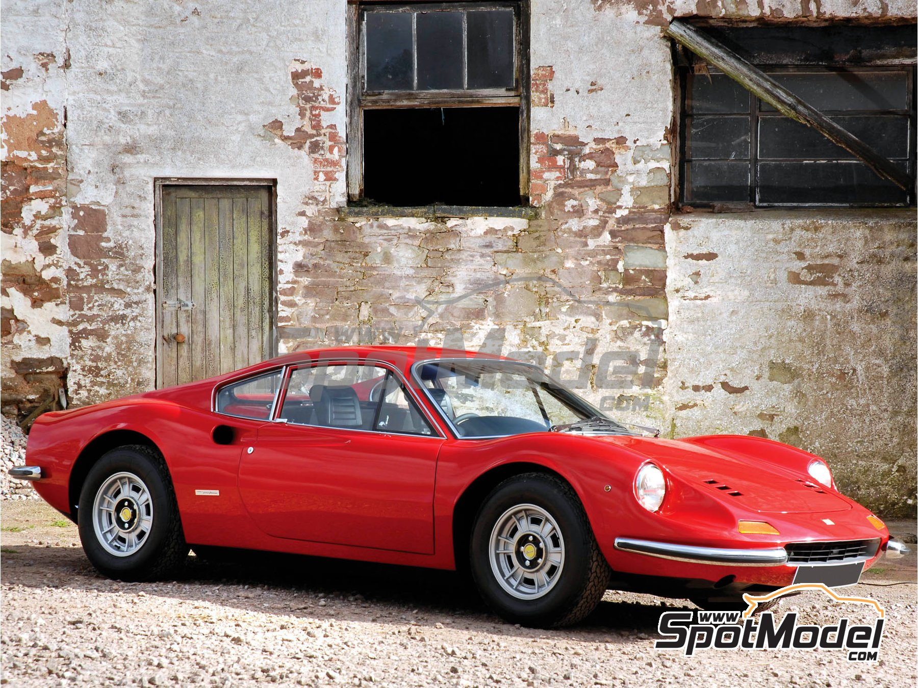 Image 1: Ferrari Dino 246GT | Maqueta de coche en escala1/24 fabricado por Fujimi (ref.FJ126234, tambien 126234, 12623 y RS-101)