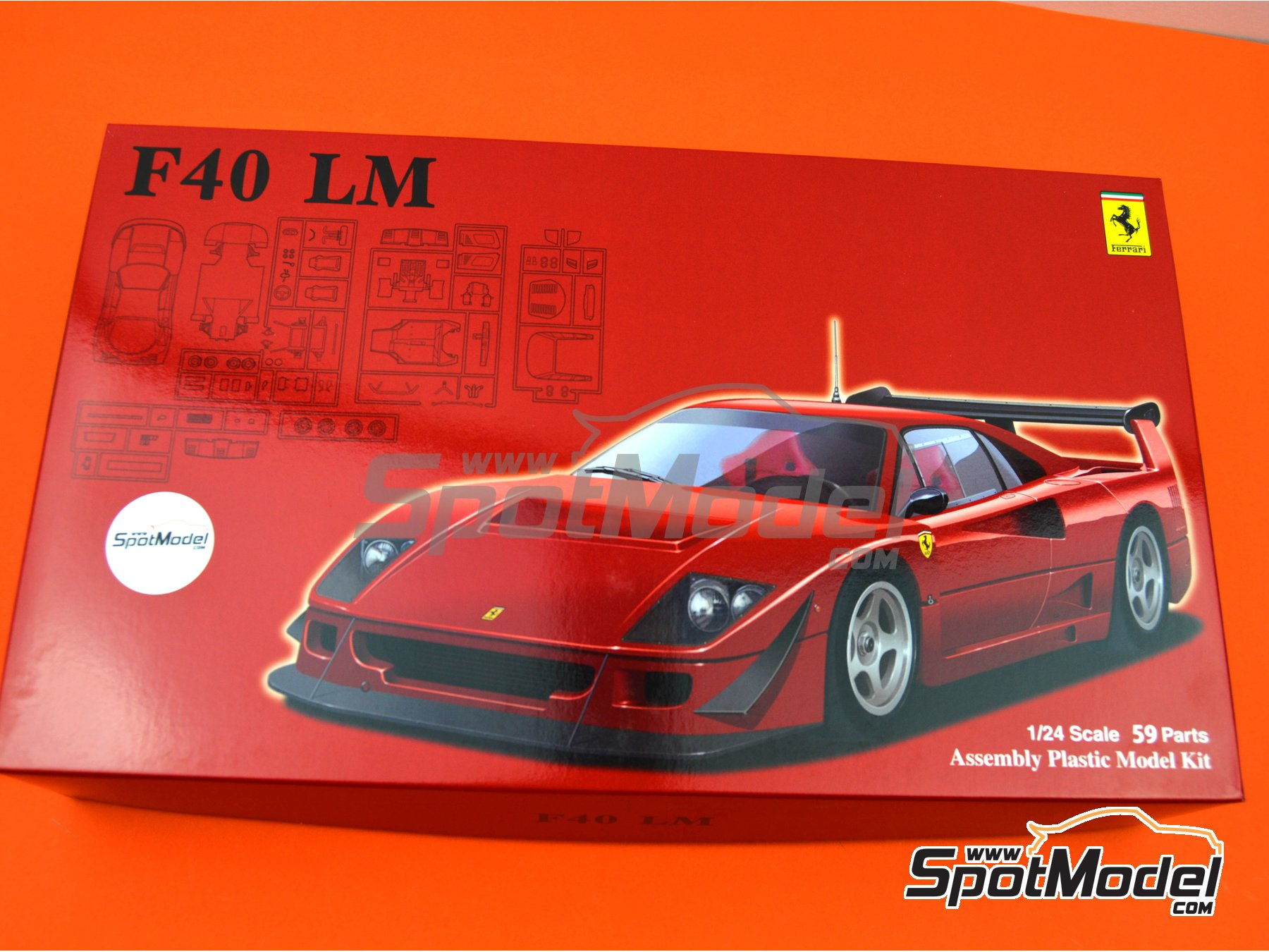 Image 16: Ferrari F40 LeMans | Model car kit in 1/24 scale manufactured by Fujimi (ref.FJ126456, also 126456 and RS-114)