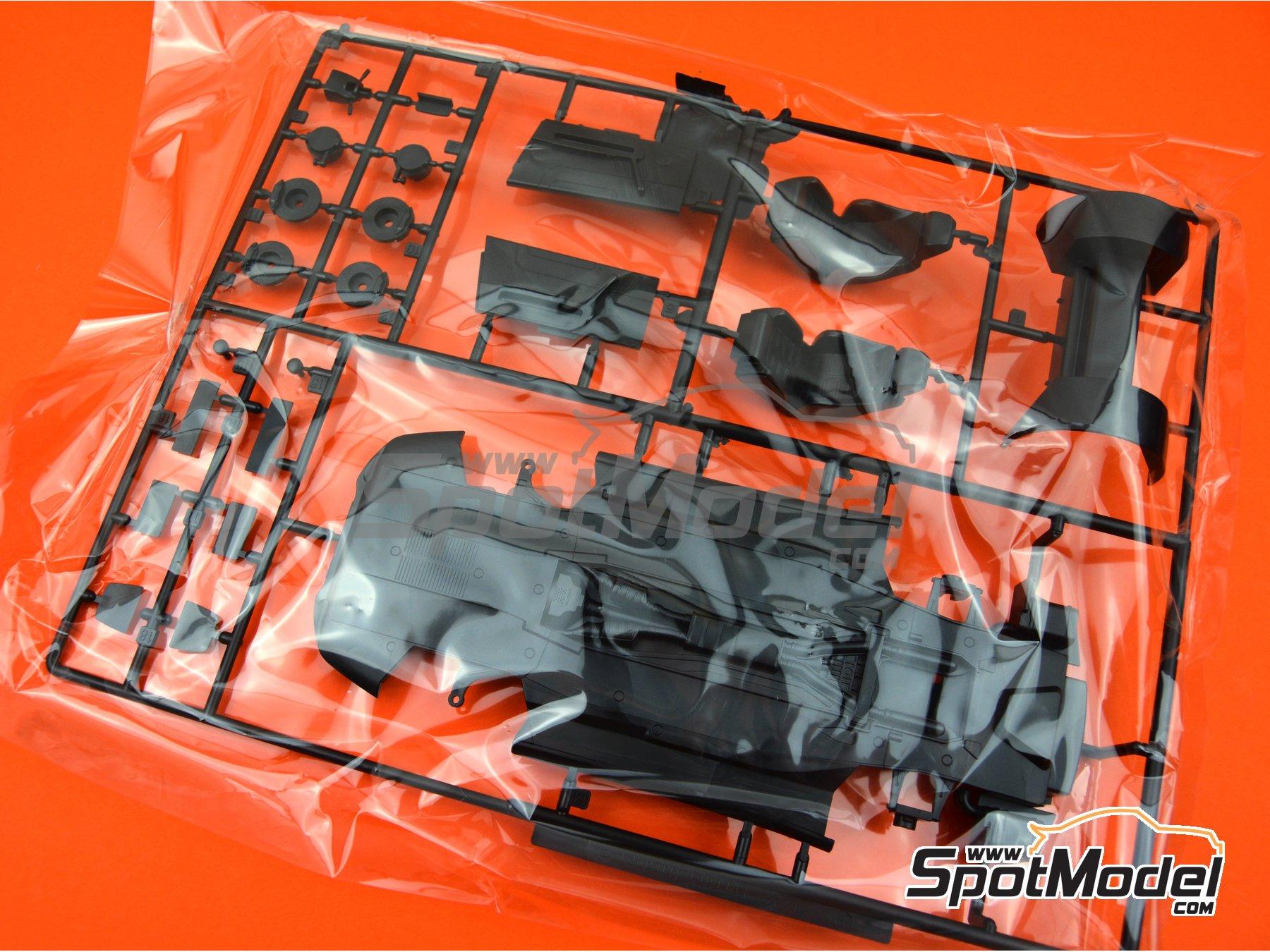 Image 9: Ferrari 575M / 550 Maranello | Maqueta de coche en escala1/24 fabricado por Fujimi (ref.FJ126531, tambien 126531 y RS-117)
