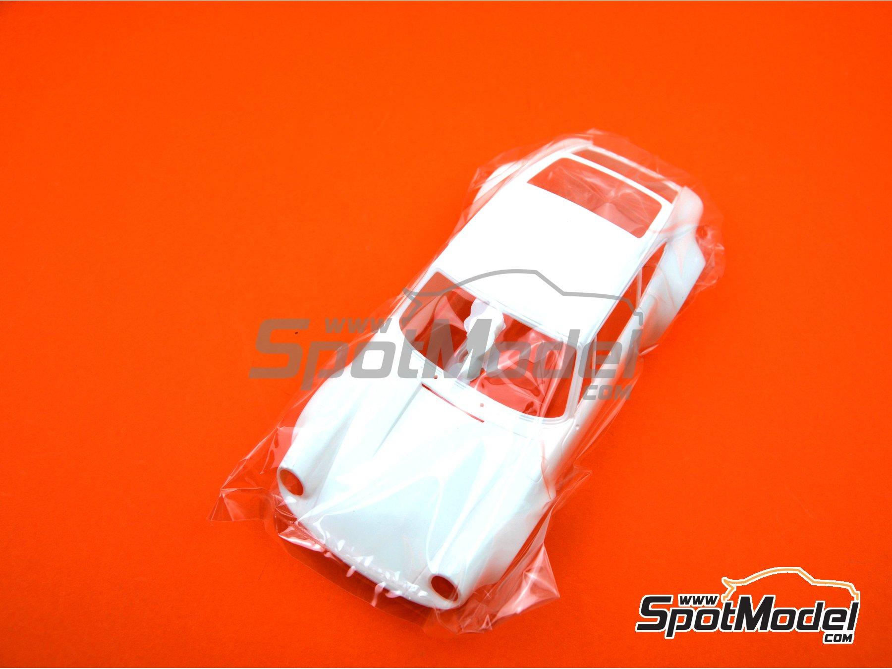 Image 5: Porsche 911 Carrera RS 3.0 -  1974 | Maqueta de coche en escala1/24 fabricado por Fujimi (ref.FJ126616, tambien 126616, RS-119 y 12661)