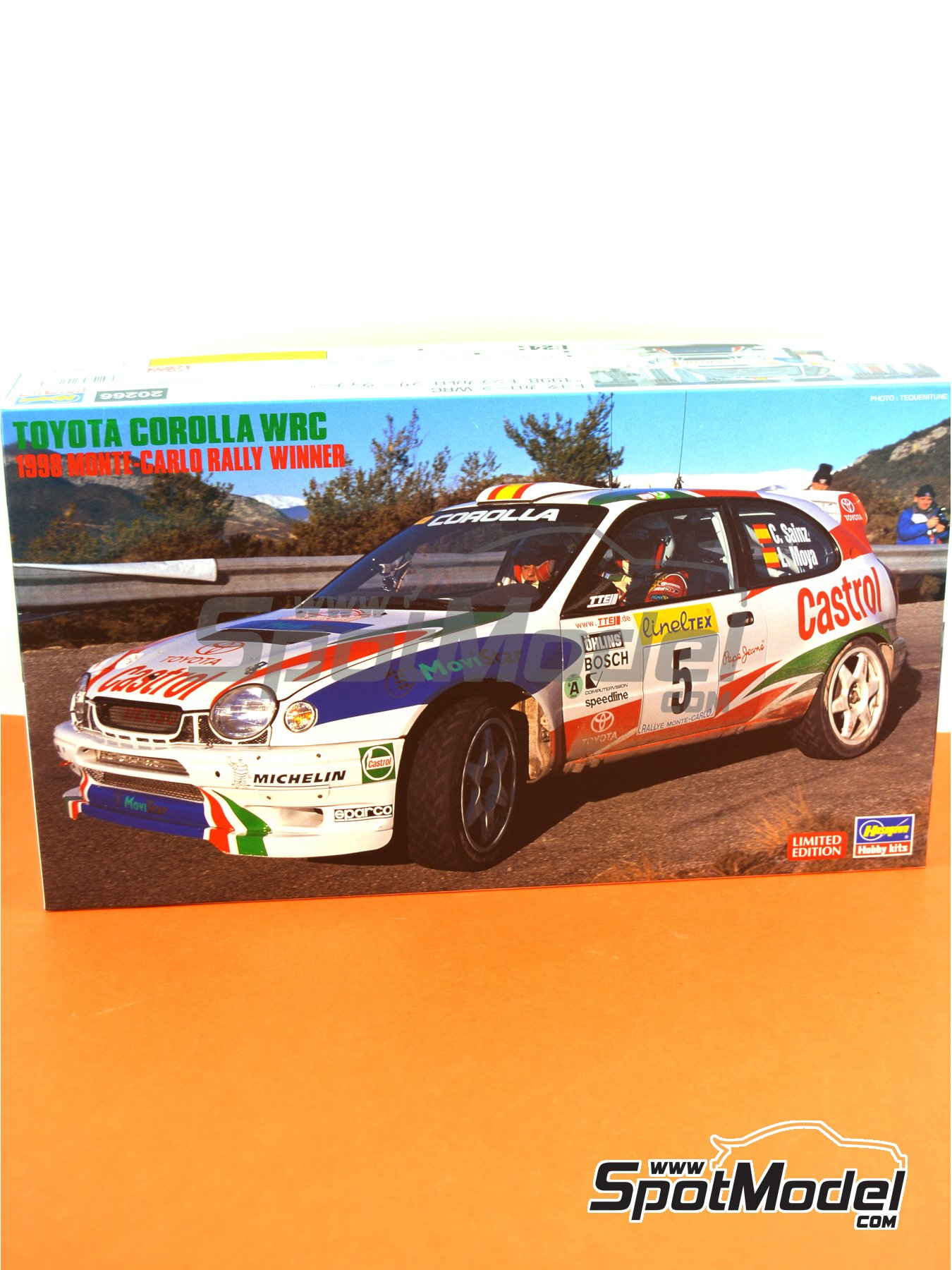 Toyota Corolla WRC Castrol Movistar - Montecarlo Rally 1998 | Model car kit in 1/24 scale manufactured by Hasegawa (ref.20266) image