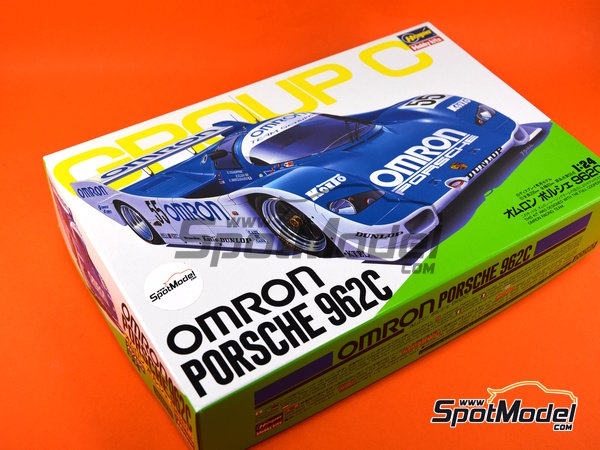 Image 8: Porsche 962C Omron - 1000  kilometers Fuji 1989 | Model car kit in 1/24 scale manufactured by Hasegawa (ref. 20280)