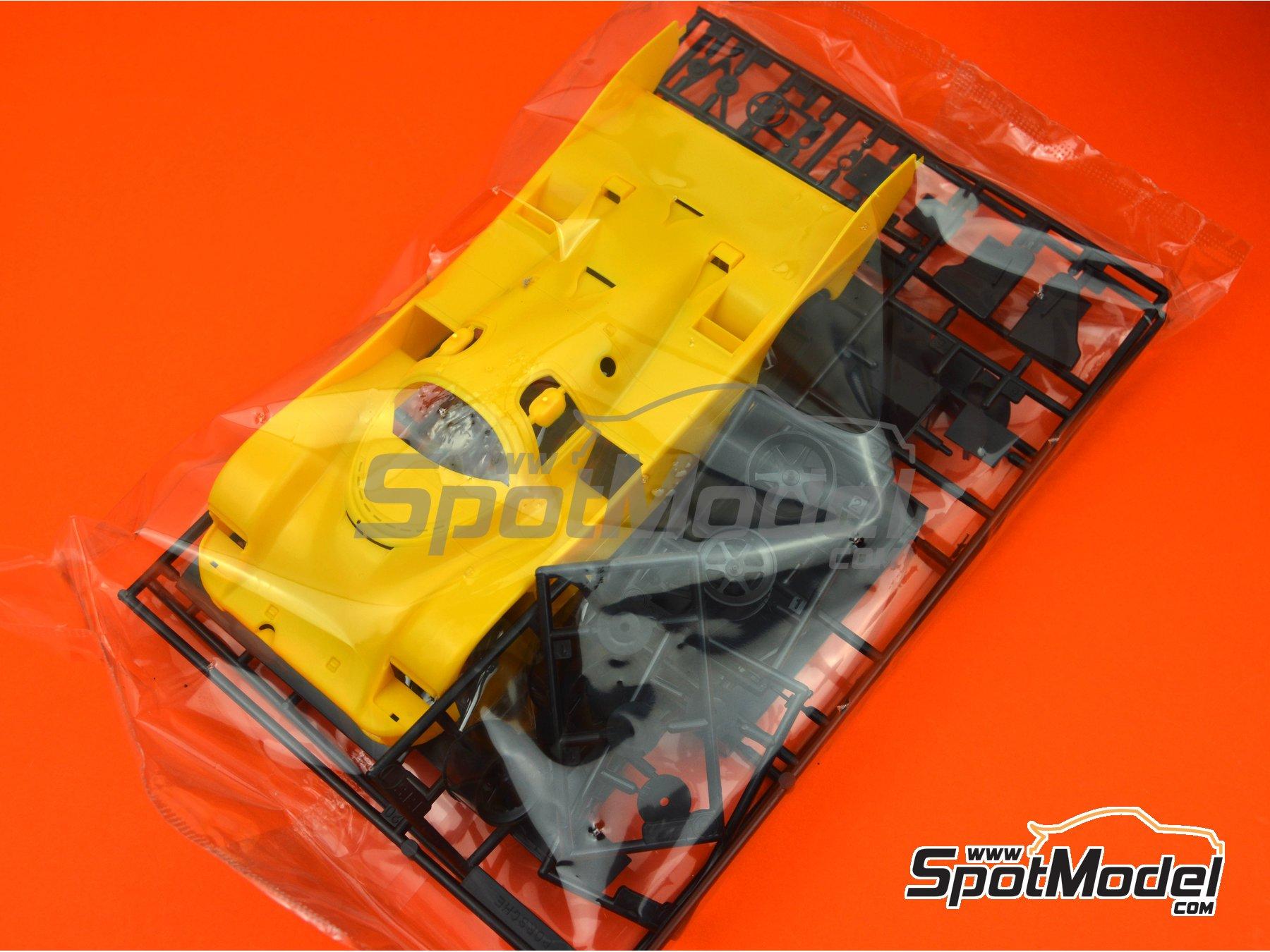 Image 4: Porsche 962C Shell - FIA World Sports-Prototype Championship (WSPC), ADAC Norisring Supercup 1988 | Model car kit in 1/24 scale manufactured by Hasegawa (ref.20337)