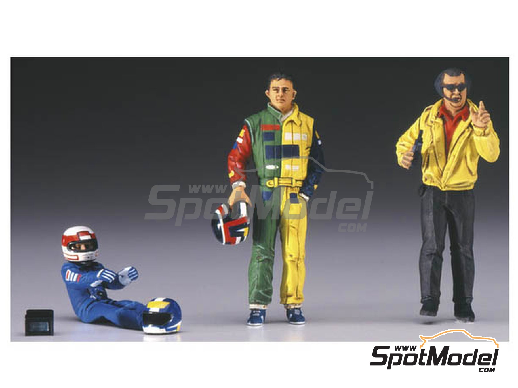 Image 2: Formula 1 drivers and manager | Figures set in 1/20 scale manufactured by Hasegawa (ref. 20341)