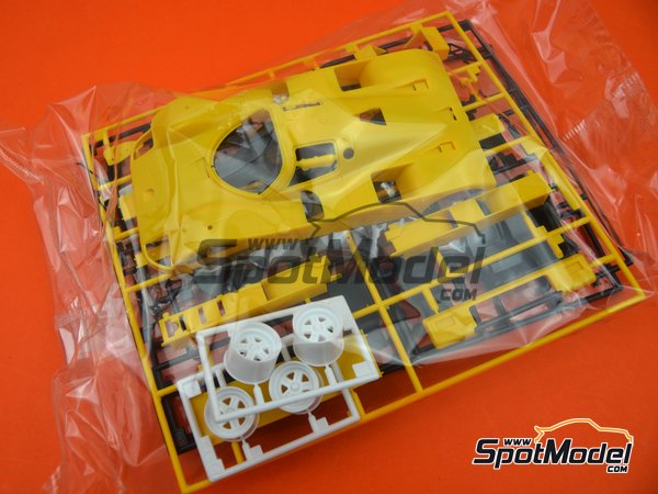 Image 1: Mazda 767B NWB Playsure Racing - Japan Sport Prototype Endurance Championship (JSPC) 1992 | Model car kit in 1/24 scale manufactured by Hasegawa (ref.20359, also hsg20359 and 4967834203594)