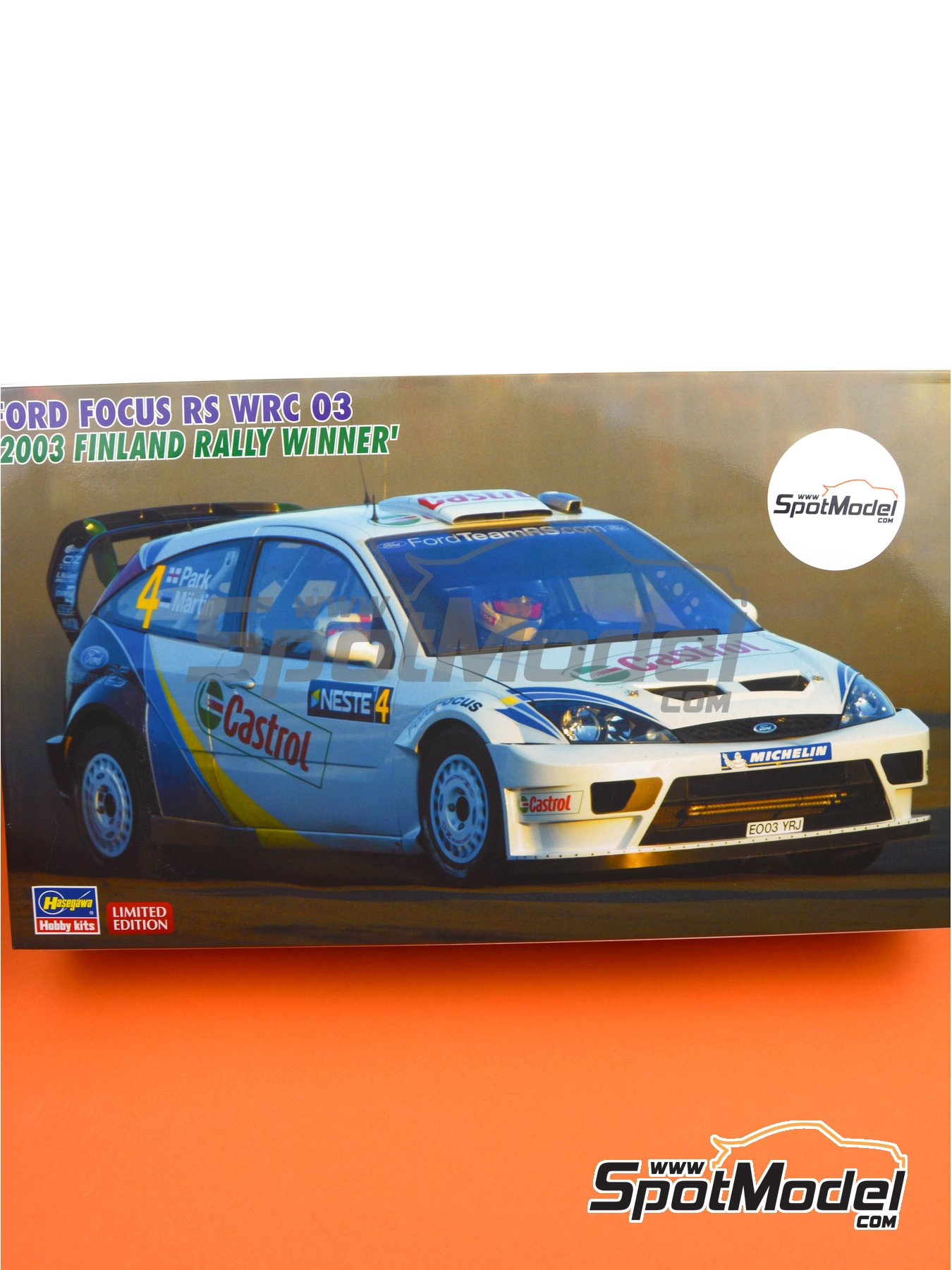 Ford Focus RS WRC 03 Castrol - 1000 Lakes Finland Rally 2003 | Model car kit in 1/24 scale manufactured by Hasegawa (ref. 20380, also HSG20380 and 4967834203808) image