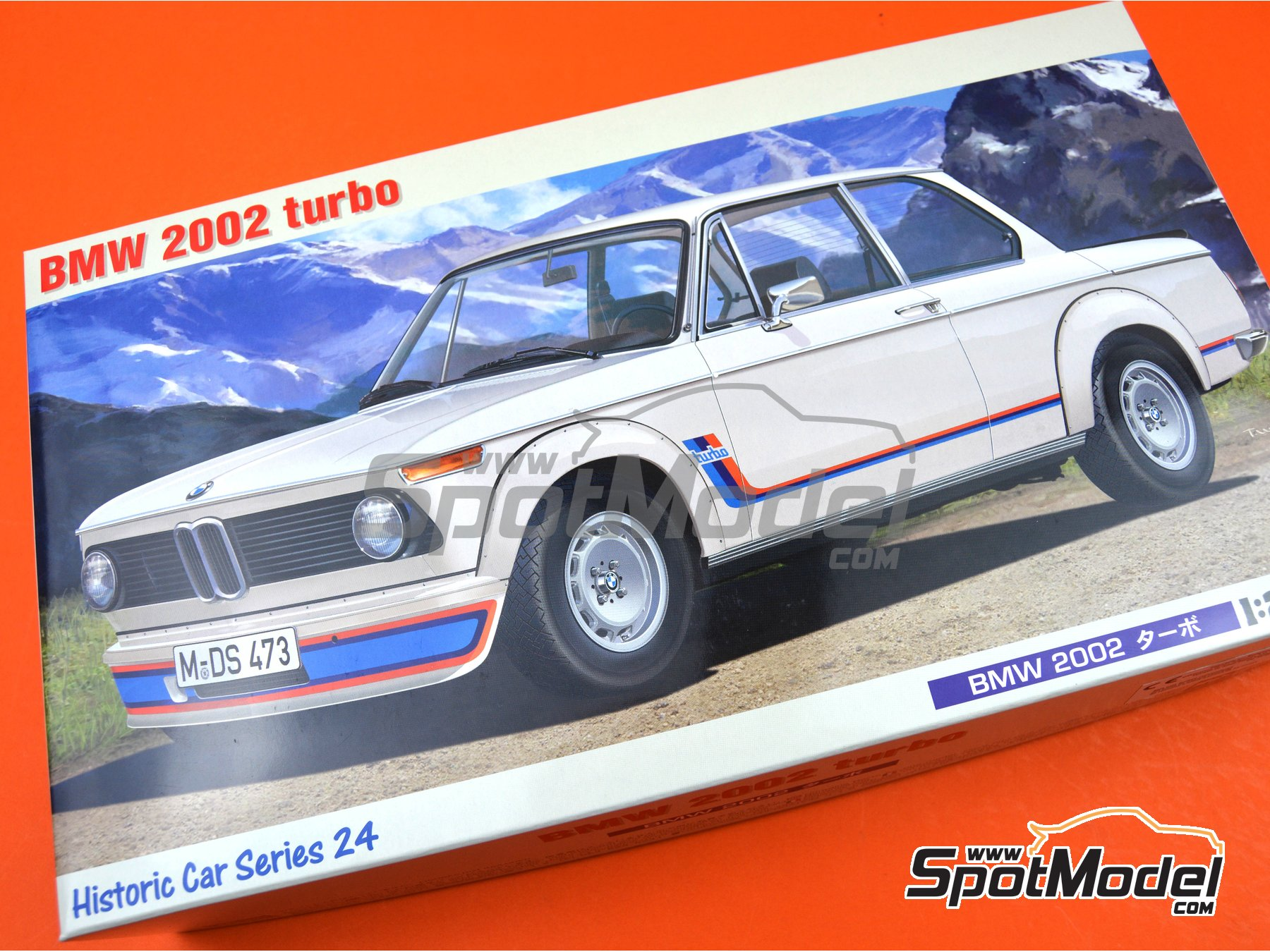 Image 14: BMW 2002 Turbo | Model car kit in 1/24 scale manufactured by Hasegawa (ref. 21124)