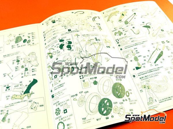 Image 9: Honda NSR250 Team Spain Gresini - Motorcycle World Championship 2002 | Model bike kit in 1/12 scale manufactured by Hasegawa (ref.21706)