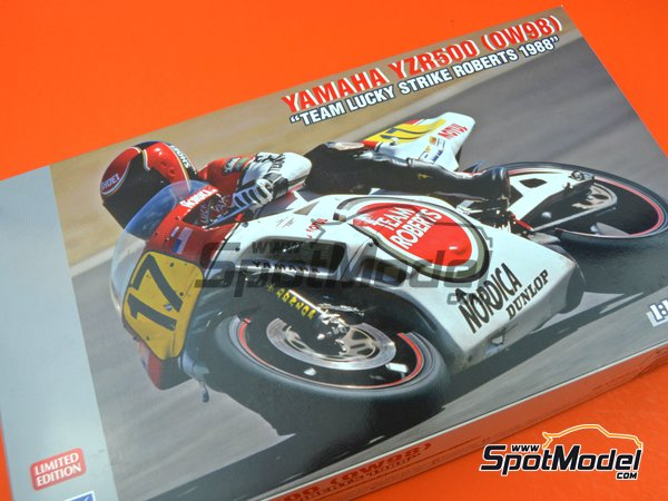 Image 10: Yamaha YZR500 0W98 Team Roberts Lucky Strike - Motorcycle World Championship 1988 | Model bike kit in 1/12 scale manufactured by Hasegawa (ref. 21707)