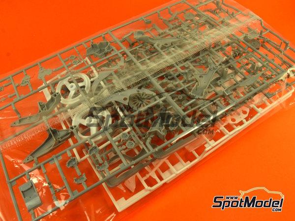Image 1: Honda NSR500 HB - Campeonato del Mundo de Motociclismo 1989 | Maqueta de moto en escala1/12 fabricado por Hasegawa (ref.21714)