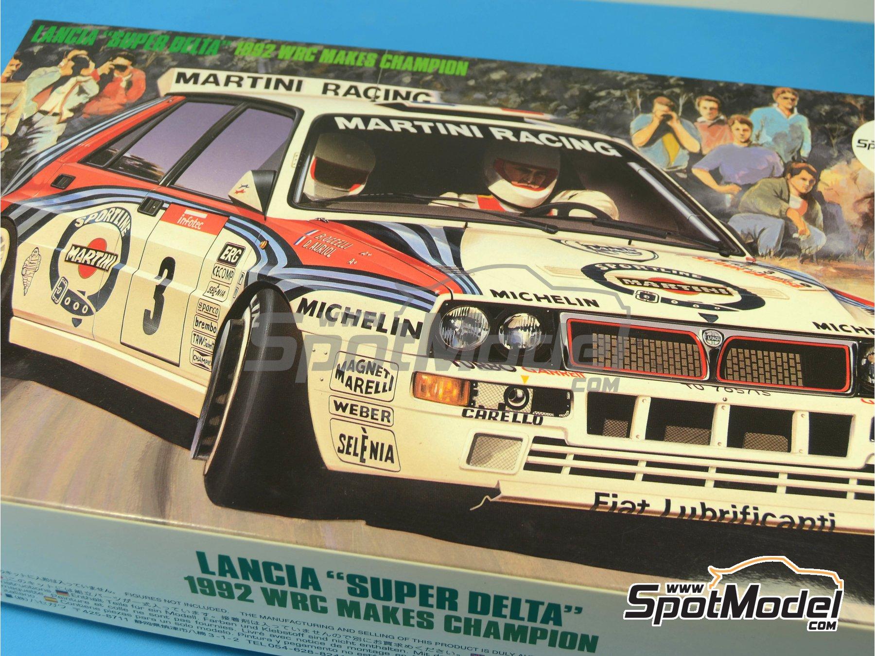 Image 15: Lancia Super Delta HF Integrale Martini Racing - Rally Tour de Corse 1992 | Maqueta de coche en escala1/24 fabricado por Hasegawa (ref.25015)