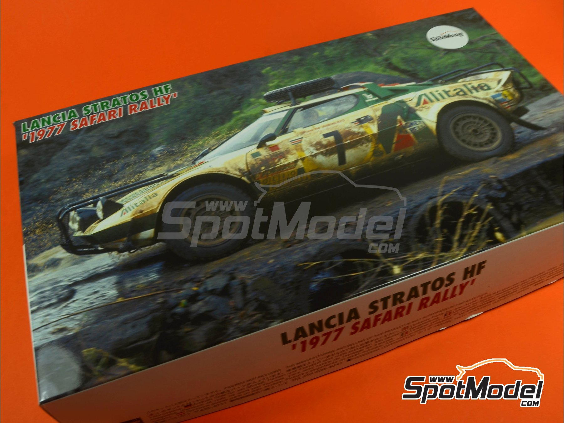 Image 15: Lancia Stratos HF Alitalia - Safari Rally 1977 | Model car kit in 1/24 scale manufactured by Hasegawa (ref. 25036, also CR-36)