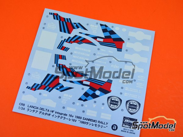 Image 6: Lancia Delta HF Integrale 16v Martini International Racing Team - Sanremo Rally 1989 | Model car kit in 1/24 scale manufactured by Hasegawa (ref.25208)