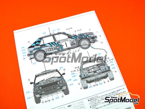 Image 14: Lancia Delta HF Integrale 16v Martini International Racing Team - Sanremo Rally 1989 | Model car kit in 1/24 scale manufactured by Hasegawa (ref. 25208)