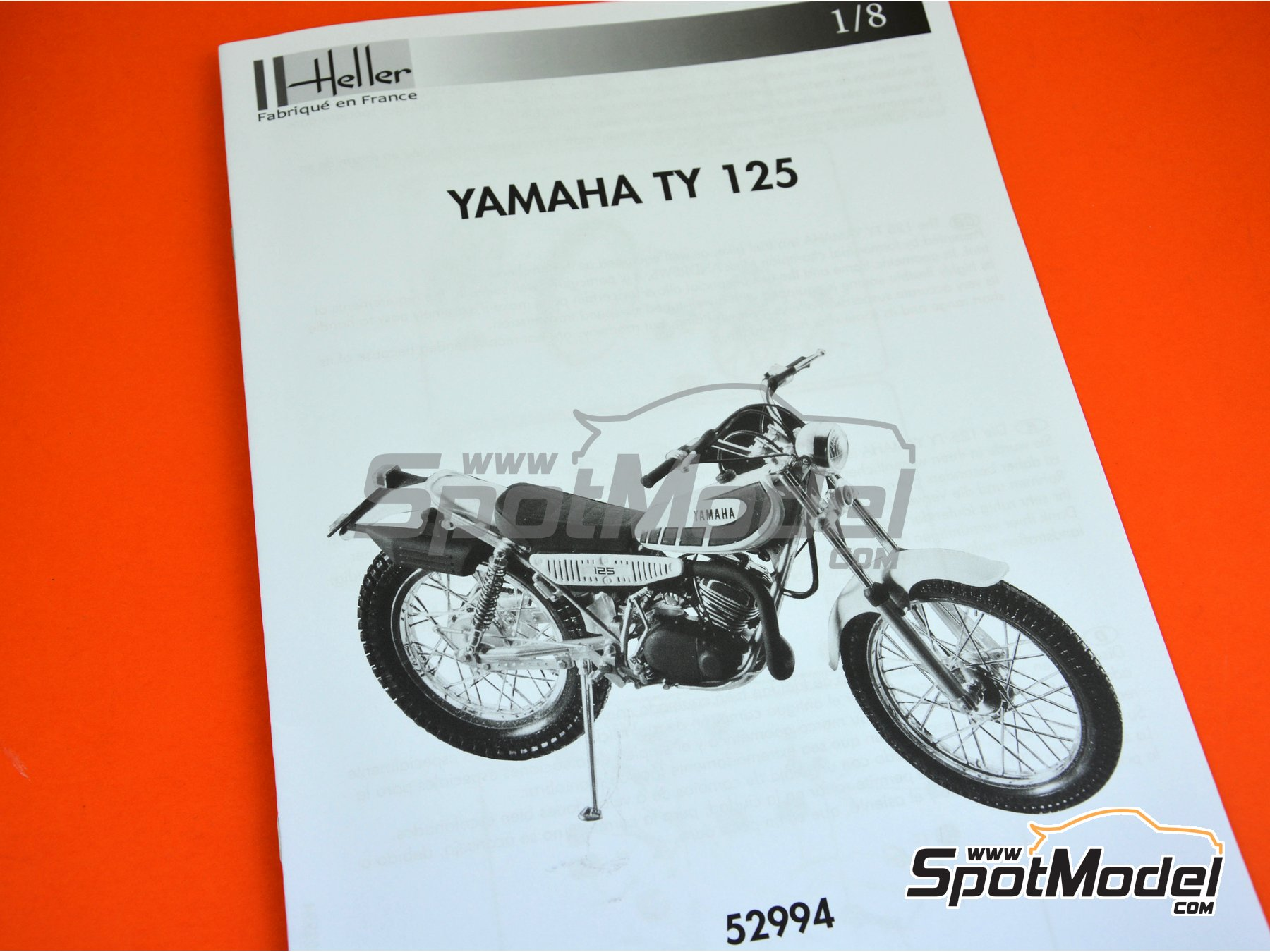 Image 8: Yamaha 125 TY | Model bike kit in 1/8 scale manufactured by Heller (ref. 52994)