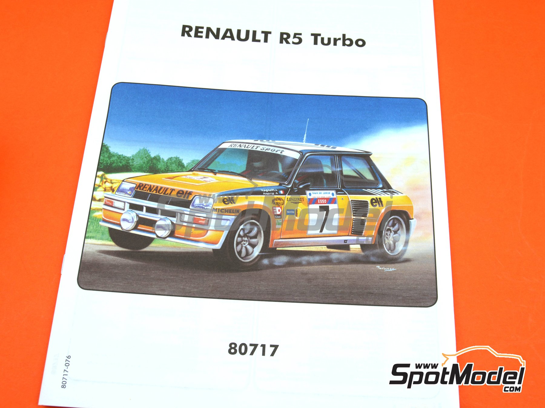 Image 10: Renault R5 Turbo ELF - Tour de Corse 1982 | Model car kit in 1/24 scale manufactured by Heller (ref.80717)