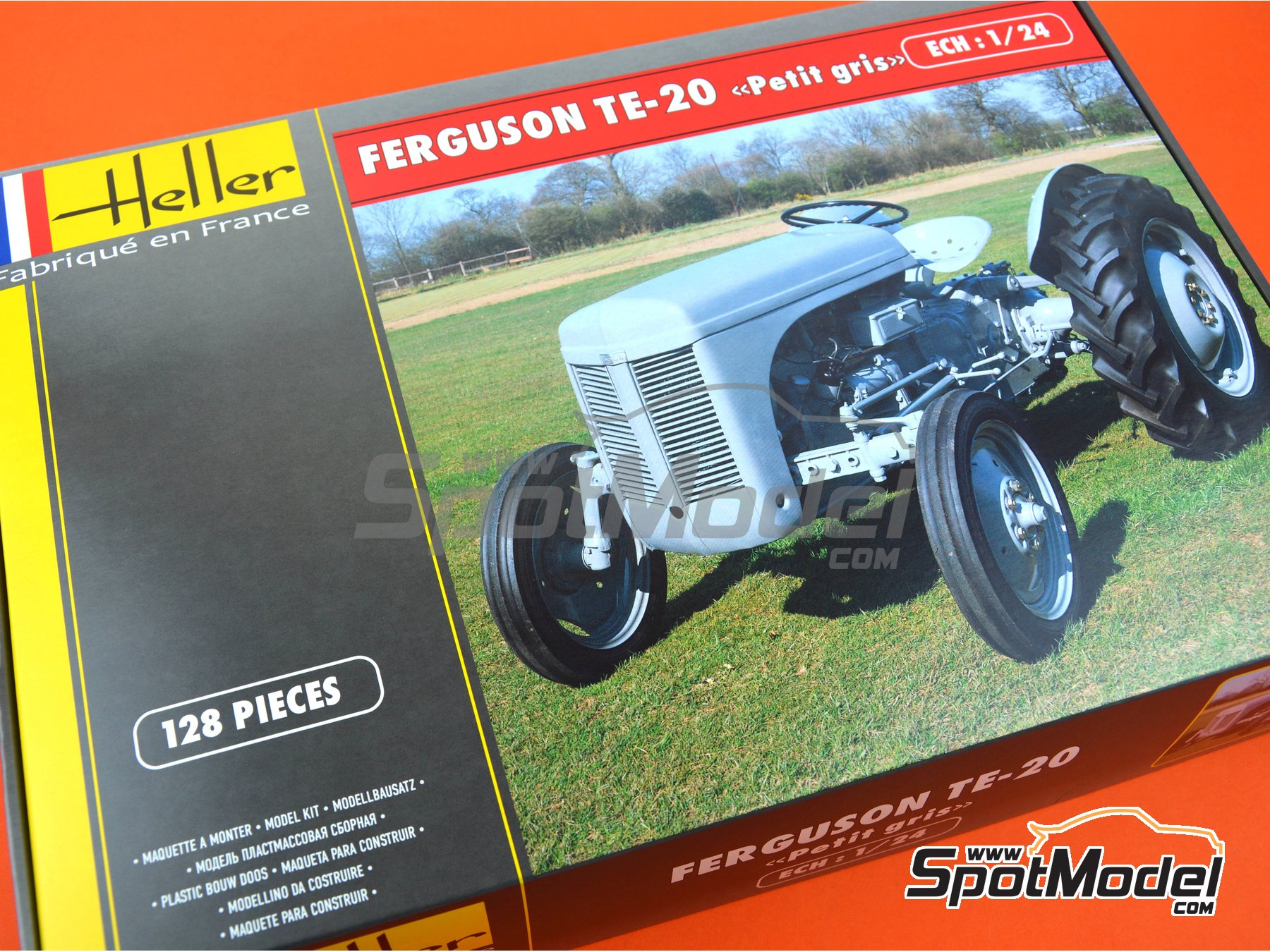 Image 9: Ferguson TE-20 tractor | Model tractor kit in 1/24 scale manufactured by Heller (ref. 81401)