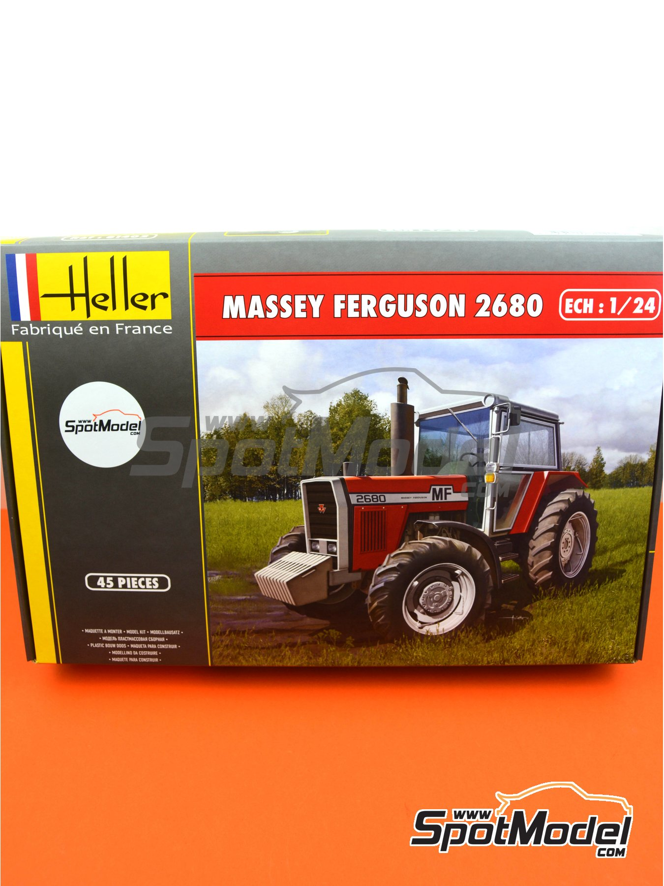 Massey Ferguson 2680 tractor | Model tractor kit in 1/24 scale manufactured by Heller (ref. 81402) image