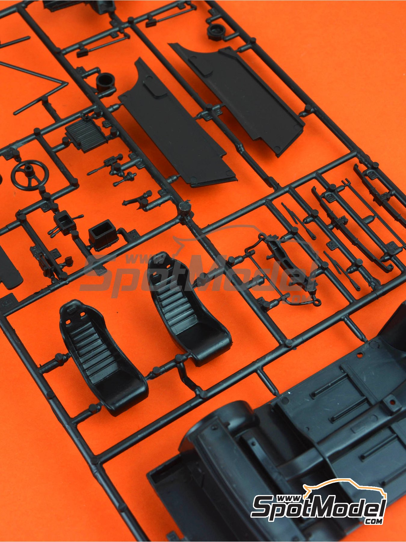 Ford Escort Mk. II RS1800: Sprue B | Spare part in 1/24 scale manufactured by Italeri (ref. 3655-SPRUE-B) image