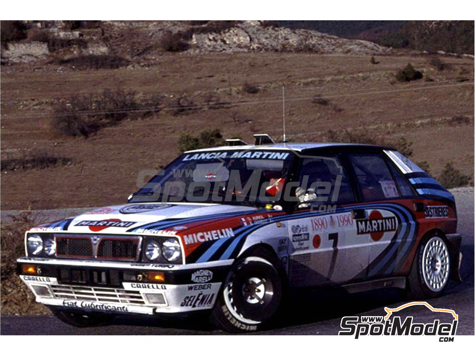 Image 1: Lancia Delta HF Integrale 16V Martini Racing Team - Montecarlo Rally 1990 and 1993 | Model car kit in 1/24 scale manufactured by Italeri (ref. 3658)