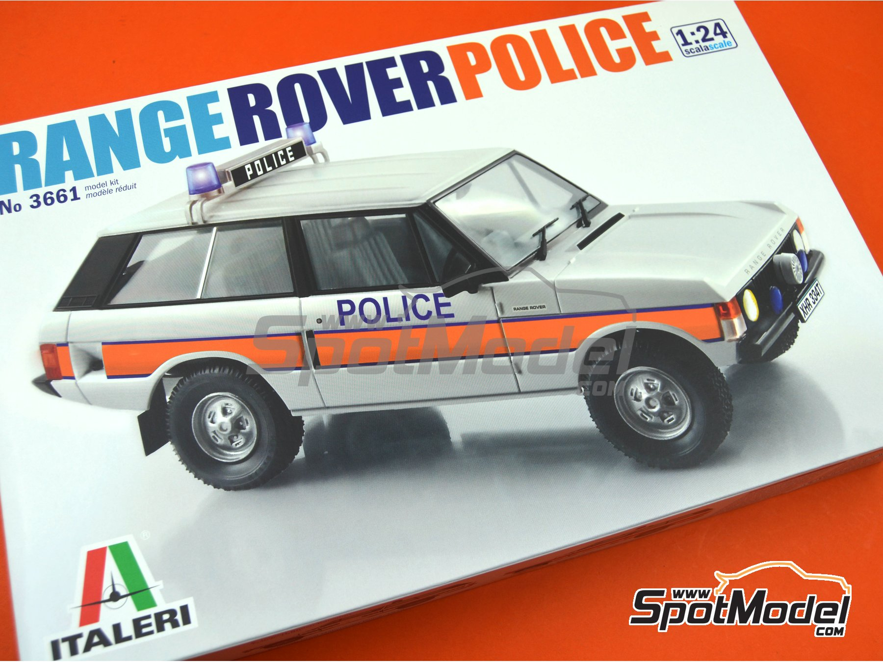 Image 20: Range Rover Police -  1979 and 1980 | Model car kit in 1/24 scale manufactured by Italeri (ref. 3661, also ita3661, IT3661 and 8001283036610)