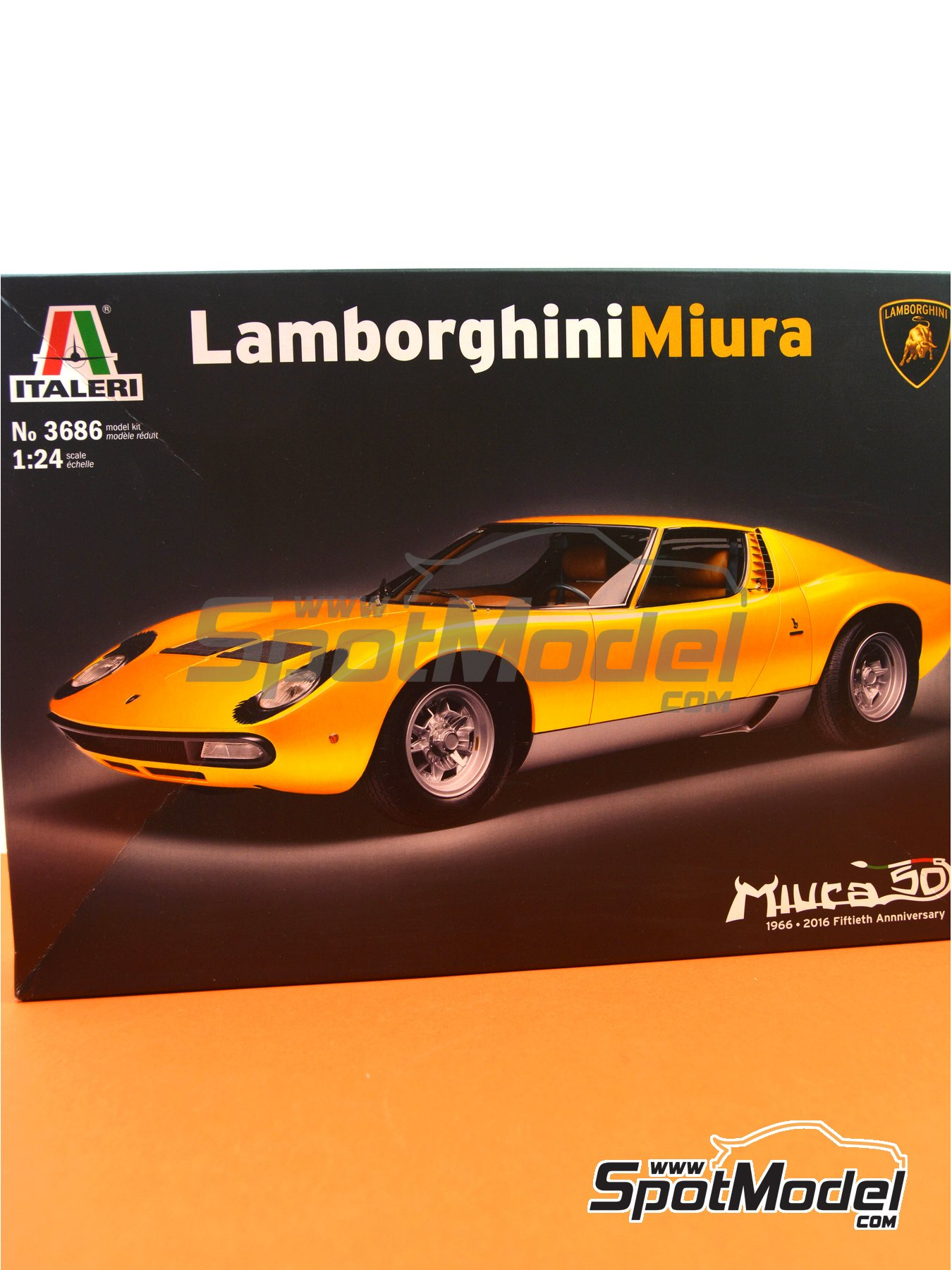 Lamborghini Miura | Model car kit in 1/24 scale manufactured by Italeri (ref. 3686) image