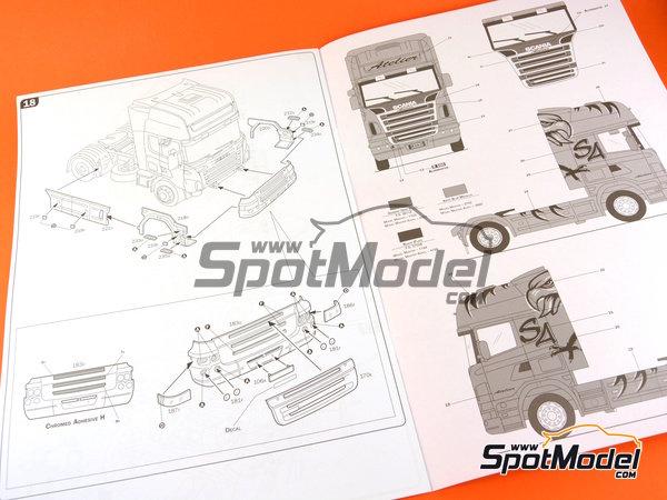 Image 15: Scania R620 Atelier | Maqueta de camión en escala1/24 fabricado por Italeri (ref.3850)