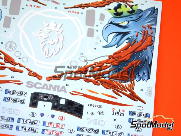 Image 1: Scania R730 | Model truck kit in 1/24 scale manufactured by Italeri (ref.3879)
