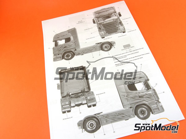 Image 18: Scania R730 | Model truck kit in 1/24 scale manufactured by Italeri (ref. 3897)